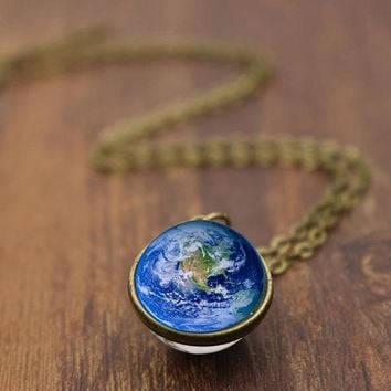 Vintage Earth Map Stars Pendant Necklace Earth Day Gift for Best Friends Fashion Outdoor Chain Necklaces Women Gift Accessories