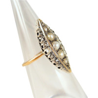 Rare Victorian epoch marquise ring in 18K solid gold and silver with pearls and rose cut diamonds