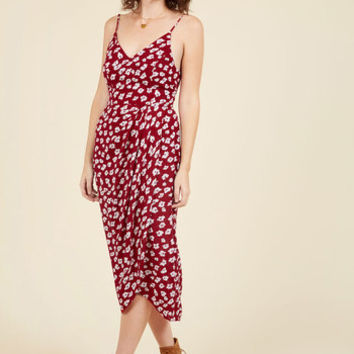 Lanai Must Be Dreaming Midi Dress in Crimson Floral | Mod Retro Vintage Dresses | ModCloth.com
