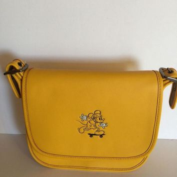 VLXJZ Disney X Coach Mickey Leather Patricia 23 Shoulder Bag Banana New with Tags