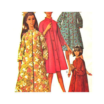 Vintage Pattern Uncut Simplicity 7362 Misses Robe in Two Lengths Size 12 1960s Pattern Simple to Sew