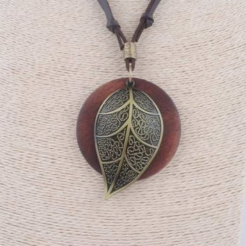 vintage jewelry statement necklaces alloy leaf wood pendants long rope lovely collares mujer necklace for women christmas gifts