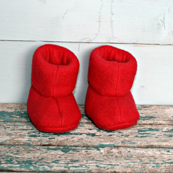 Polar fleece uggs style baby booties bright red boots 0 -3m handmade pram warm winter crib stroller shoes baby shower gift Christmas present