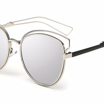 'Show Me' Mirrored Shades - Silver