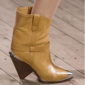 Leather Iron Pointed Toe Spike Calf Boots
