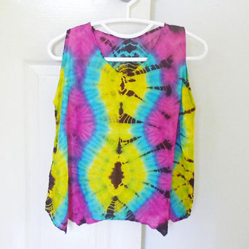 Medium tank top Tie dye yellow turquoise red size M,L chest 38 inch women sleeveless shirt /Crop shirt/ cute shirt/ Handmade unique shirt
