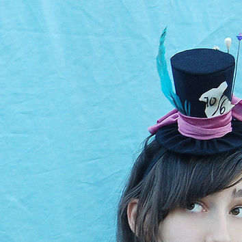 Mad Hatter Tiny Top Hat (Alice in Wonderland)