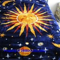 Korean Style Queen Blanket Sun and Moon