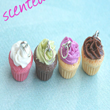 Scented Cupcake Necklace