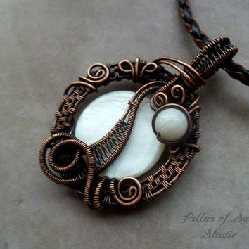 Wire Wrapped jewelry handmade, wire wrapped pendant necklace, copper jewelry, wire jewelry, white mother of pearl, woven wire jewelry
