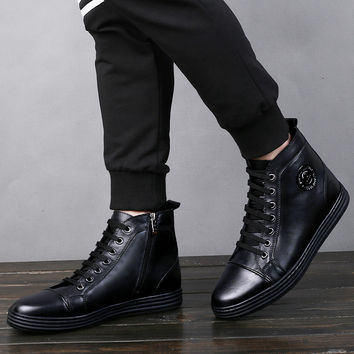 Ankle Boots Men Casual Shoes Punk Style Genuine Leather Martin Boots Men Zip Open Hand Sewing Fashion Black Urban Flat Shoe Male