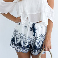 Fashion Casual Hollow Retro Embroidery Stretch Waistline Shorts Hot Pants