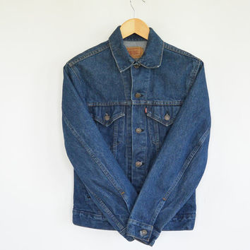 Levi's Denim Jacket 1980's Denim Trucker's Jacket Men's Size 34 R Small Great Condition Hand Warming Side Pockets