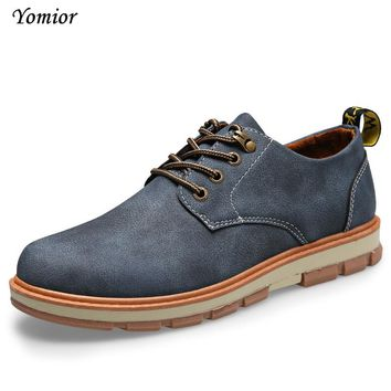 Yomior Mens Shoes England Autumn Winter Warm Cow Suede Casual Mens Oxfords Outdoor Man Platform Desert Formal Creepes Shoes