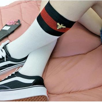 5325b7585 Gucci Fashion Striped Bee Embroidery Socks Stockings H 8-18