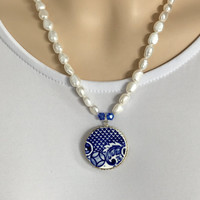 Broken China Jewelry Necklace, Willow Ware Pearl Necklace, Rustic Wedding, Blue Necklace, Vintage China, Blue and White China, Gift for Her