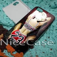 Miley Cyrus Chicago Bulls for iPhone 4 / 4S / 5 / 5c / 5s Case, Samsung Galaxy S3 / S4 Case Cover
