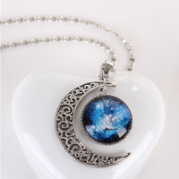Vintage Star And Crescent Moon Shape Artificial Gemstone Pendant Necklace
