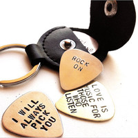 personalized guitar pick - guitar pick holder leather key chain - mens gift