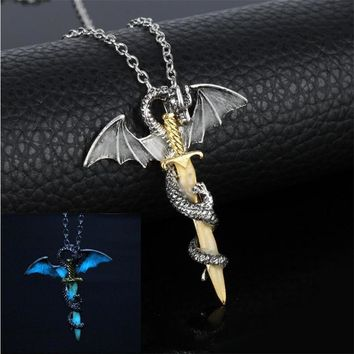 Luminous Jewelry Dragon Sword Pendant Necklace Game Of Throne Neck lace Glow In The Dark Anime Necklace For Men Christmas Gifts