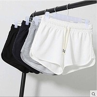 Oversized Elastic Waist Fitness Shorts