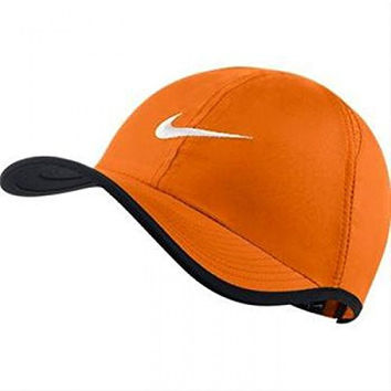 Nike Youth Unisex Sport Casual Featherlight 2.0 Cap, Orange