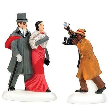 Department 56 Christmas In The City A Shot For Fans Please, Set of 2