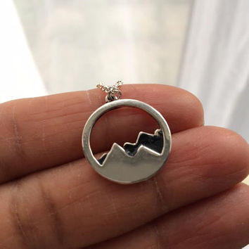 Snowy Mountain Necklace, Snowy Mountain Circle Necklace, Mountain Necklace, Christmas Gift