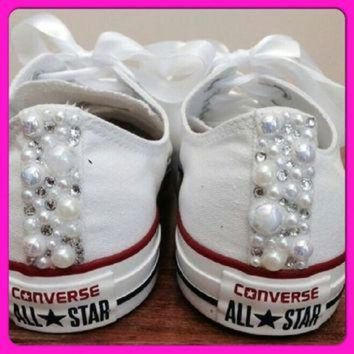 ONETOW Pearl Converse and Wedding Converse / Vans / Nike / Pumps Silver Swarovski Diamonte /