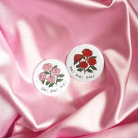 "Daises Film Inspired Roses 2.25"" Button Pin Badge"