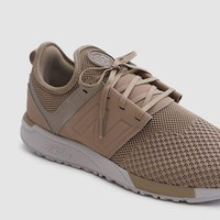 DCCKGQ8 new balance 247 knit in taupe black