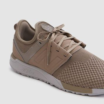 DCCK8NT new balance 247 knit in taupe black