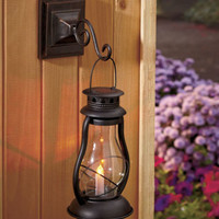 Old Fashioned Solar Lighted Wall Lantern Yard Garden Patio Porch Outdoor Decor