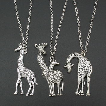 2017  Vintage Silver Mother's Love Giraffe Pendant Necklace 26""