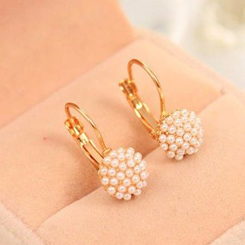 LMFIJ6 TOMTOSH 1 Pair New Fashion Jewelry Women Lady Elegant Simulation Pearl Beads Ear Stud Earrings Free shipping