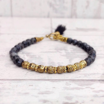 Dainty bracelet, gemstone bracelet, delicate bracelet, everyday bracelet, stacking bracelet, beaded bracelet, grey bracelet, grey and gold