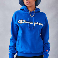 Champion + UO Logo Patch Hoodie Sweatshirt - Urban Outfitters