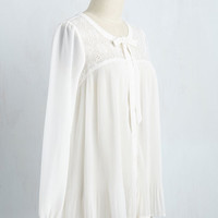 Invite Elegance In Top | Mod Retro Vintage Short Sleeve Shirts | ModCloth.com