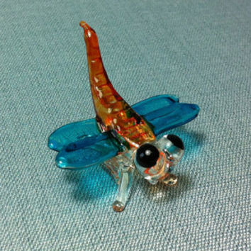 Hand Blown Glass Funny Dragonfly Insect Animal Cute Blue Orange White Figurine Statue Decoration Collectible Small Craft Hand Painted