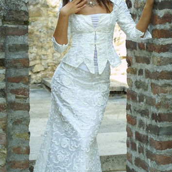 Alternative wedding gown Polonia by KataKovacs on Etsy