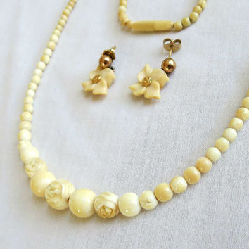 Vintage Ivory Color Flower Hand Carved Choker Necklace and Earrings Demi Parure Set