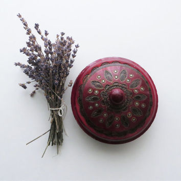 70s Ornate Oxblood Wood Box wih Lid, Maroon Cherry Oak Tone, Round Carved Jewelry Trinket Box