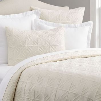 Diamond Stonewashed Coverlet & Sham