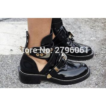 2017 cut-out leather ankle boots gold-tone metal hardware boot punk shoes classic Biker boots round toe women motorcycle boots