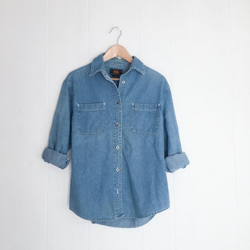 Vintage Denim Shirt, Chambray Shirt. Blue Denim Shirt, Long Sleeve Denim. Western Jean Shirt. Oversized Button Down. Womens Boho Hipster Top