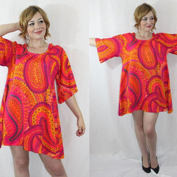 ViNtAgE Psychedelic 1960s MINI DRESS Pink Paisley Tent w Bell Sleeves RARE