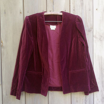 Vintage blazer | 1970s 80s Cos Cob burgundy velvet open front jacket with braid trim