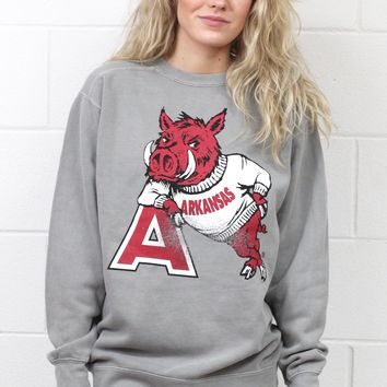 Vintage Razorback Leaning on A Logo Sweatshirt {Grey}