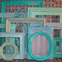13 Beach Themed Distressed Picture Frames