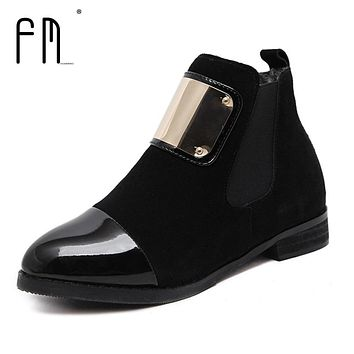 Women Boots Genuine Leather Flat Martin Ankle Boots Slip-on Women's Leather Shoes Autumn Shoes Women Winter Patent leather Boots